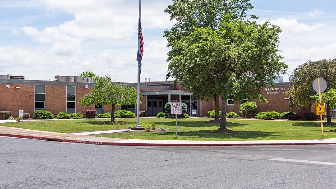 Pleasant Valley Elementary - Exterior 1